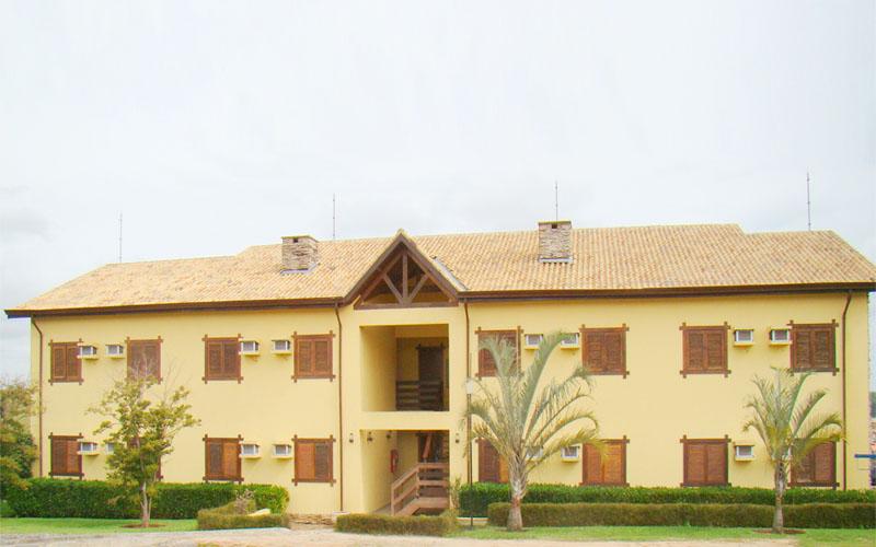 http://hotelbaguassu.com.br/images/stories/ap/ap_04.jpg