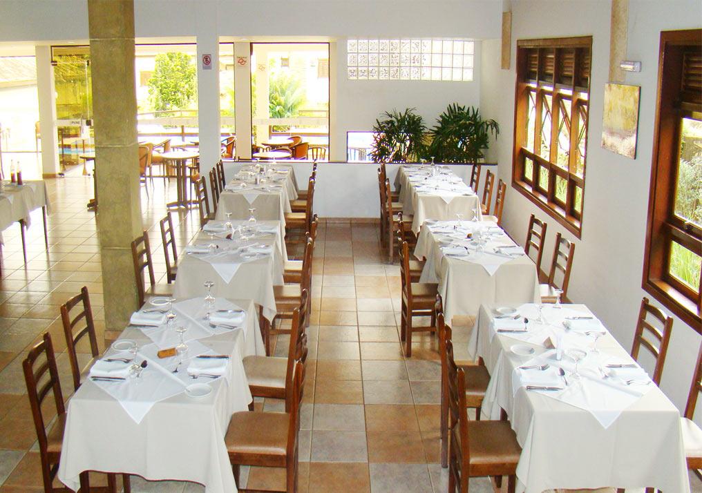 http://hotelbaguassu.com.br/images/stories/freguesia/rest_07.jpg