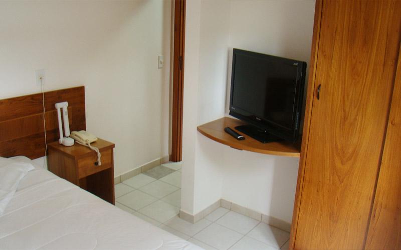 http://hotelbaguassu.com.br/images/stories/gold/gold_01.jpg