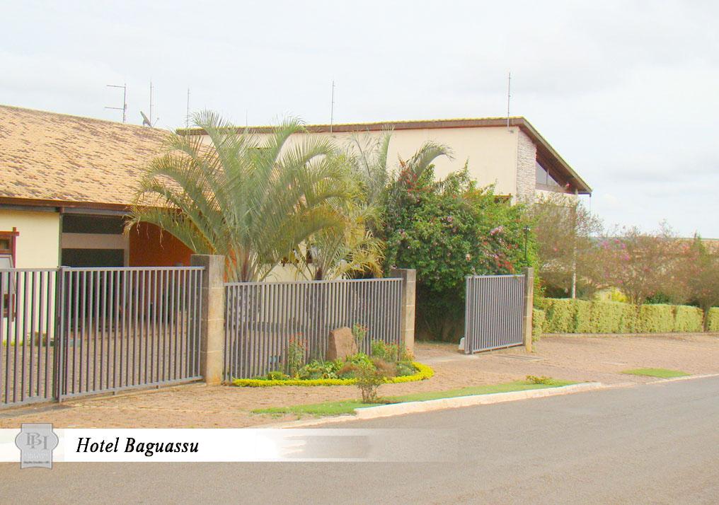 http://hotelbaguassu.com.br/images/stories/interior/hotel_23.jpg