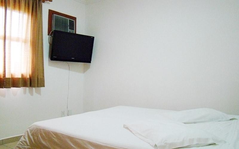 http://hotelbaguassu.com.br/images/stories/platinum/platinum_01.jpg