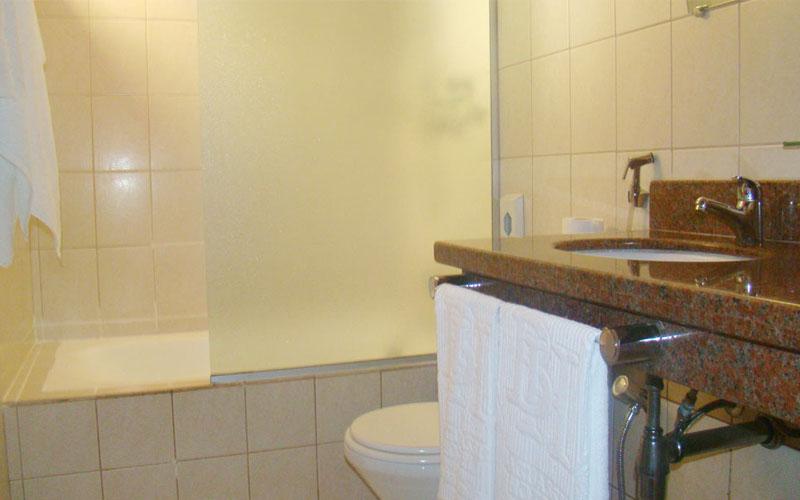 http://hotelbaguassu.com.br/images/stories/platinum/platinum_06.jpg